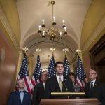 El Senado de EE.UU. no aprueba nuevos fondos y aboca al Gobierno a un cierre