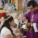 Mariagela Guerrero Rojas recibió el Sacramento de la Primera Comunión