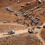 Inician el descenso a pie de algunas víctimas del accidente aéreo en Irán