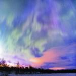 Carintia Martínez, una visión íntima de las auroras boreales en Casa América