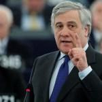 El líder de la Eurocámara advierte que investigarán filtraciones de Facebook