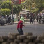 Se elevan a 27 los muertos, según ONG y continúan los saqueos en Nicaragua
