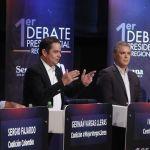 Duque y Petro mantienen ventaja en Colombia pero ceden terreno, según sondeo