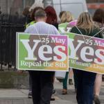 Cierran los centros electorales en el referéndum irlandés sobre el aborto