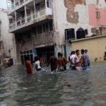 Miles de evacuados y vías incomunicadas por lluvias en zona central de Cuba