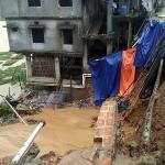 Al menos 12 muertos por deslizamientos tierra en el sureste de Bangladesh