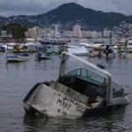 Carlotta se degrada a depresión tropical mientras ocasiona lluvias en México
