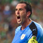 Godin cree que con nivel de Cavani y Suárez, Uruguay puede ganar a cualquiera