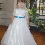 La pequeña Natsumi Anahí Barrera Solís fue presentada la templo