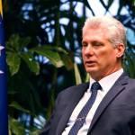 Presidente de Cuba recibe a senador EEUU y al expresidente de Google