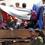 Damasco avanza en ofensiva en sur mientras sirios huyen a frontera con Israel