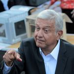 "López Obrador asegura transición ""ordenada y pacífica"" tras reunión con Peña"