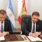 Argentina y España firman acuerdo de cooperación en materia pesquera