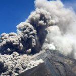 Vigilan vibración interna en el Volcán de Fuego de Guatemala