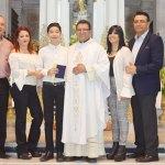 Juan Pablo López del Campo recibió el Cuerpo de Cristo