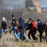 Un palestino muerto y ocho heridos en ataques israelíes en Gaza tras cohetes