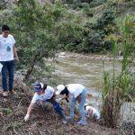 """El Gobierno de Ecuador llama a """"minga"""" para limpiar ríos, lagos y sus playas"""