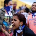 """Familiares de """"reos políticos"""" denuncian agresión de sandinistas en Nicaragua"""