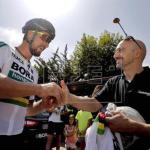 Sagan y el motorista que lo derribó en 2015, un abrazo en Salamanca