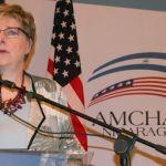 Embajadora de EEUU critica al sistema de salud y a la Policía de Nicaragua