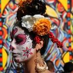 Hollywood se une de nuevo al Día de Muertos en famoso cementerio de angelino