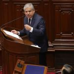 Perú hará referéndum de reforma pese a intentos parlamentarios para anularlo