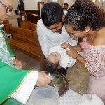Recibe el Sacramento del Bautizo el pequeño Jorge Andrés Soto Cabrales