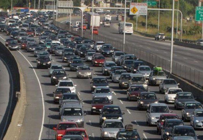 Semana Santa: tras el colapso, se liberó la autopista Buenos Aires-La Plata