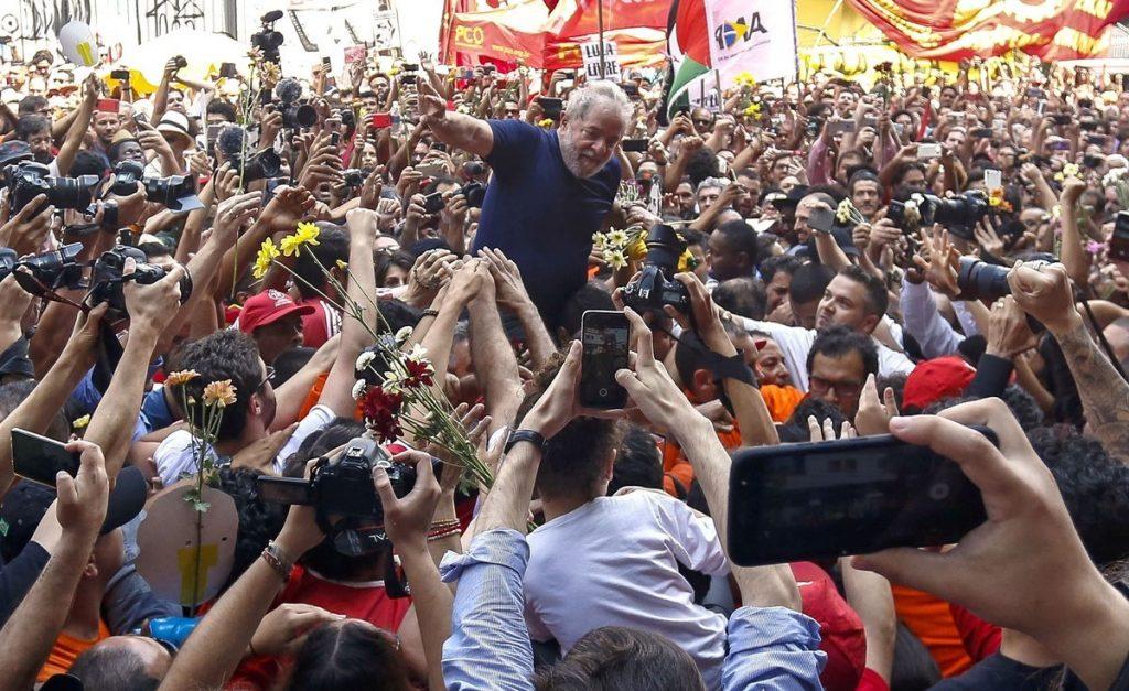 Crisis política en Brasil  Lula da Silva ya está preso en la cárcel de Curitiba para comenzar a cumplir su condena por corrupción