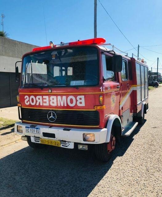 Gobierno El municipio realizó un aporte para sumar una nueva unidad de bomberos al cuartel local