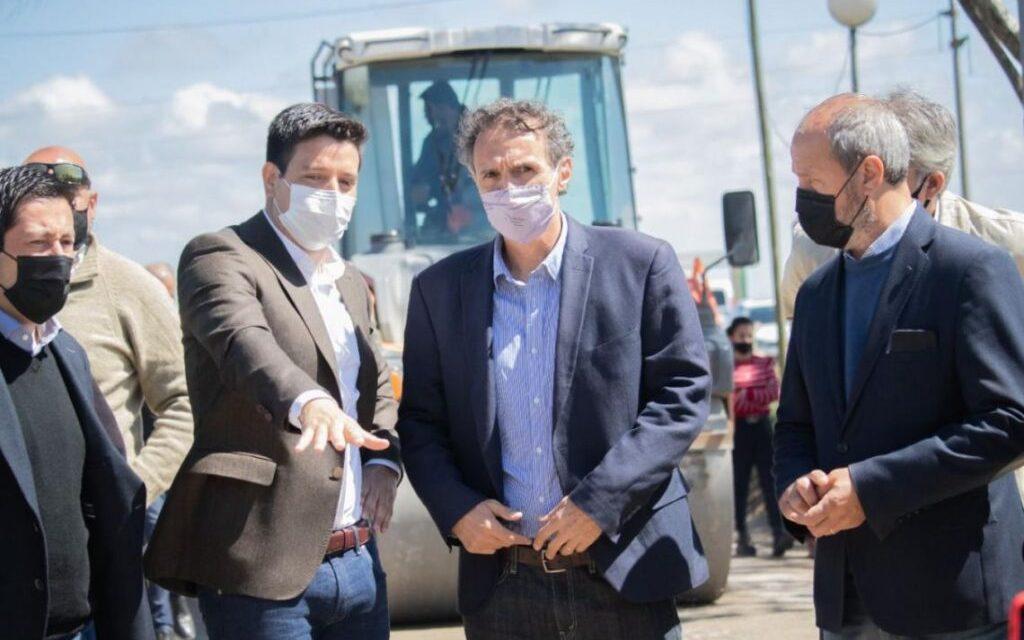 Partido de La Costa: Cardozo y los ministros Katopodis y Nardini recorrieron obras de asfalto y luminaria LED