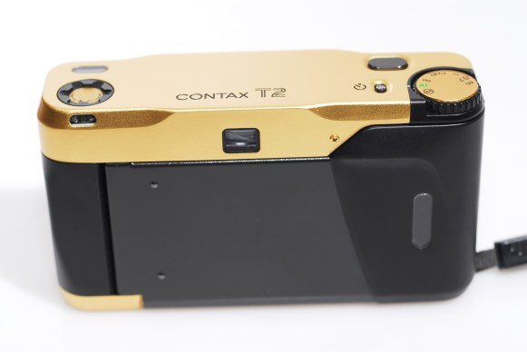 CONTAX-T2_gold_3