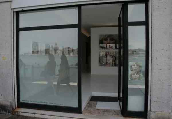 "Solo exhibition of Natalia LL, ""The Grammar of The Body"", UPP Gallery in Venice, photo Lynx"