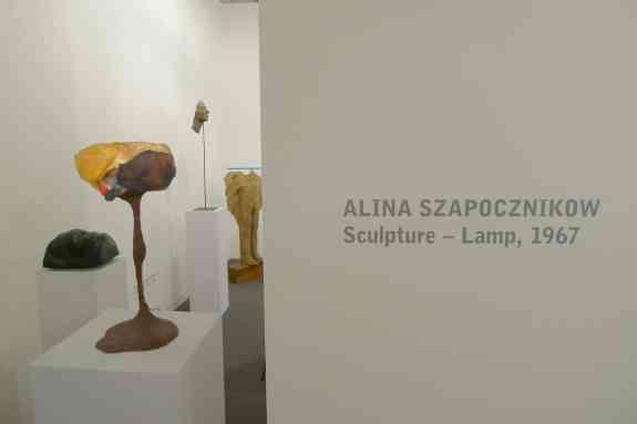 Alina Szapocznikow, Lamp - Sculpture, 1967, Starmach Gallery, Hall 2.0 / C1, photo Andrzej Szczepaniak for Contemporary Lynx