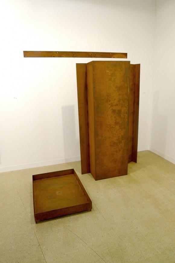Mirosław Bałka, artwork at Juana de Aizpura Gallery, photo Andrzej Szczepaniak for Contemporary Lynx