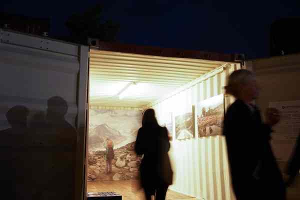 Artur Urbański, Live View – Łódź FOTOFESTIWAL, Container City, Hamburg Triennial of Photography, Hamburg | copyright: Artur Urbański