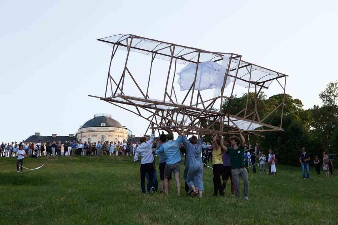 R. Armstrong & Alicja Bielawska, Vanessa Cardui: testflight #1, 2015, performance / sculpture, silk organza, cardboard, butterflies, metal wire