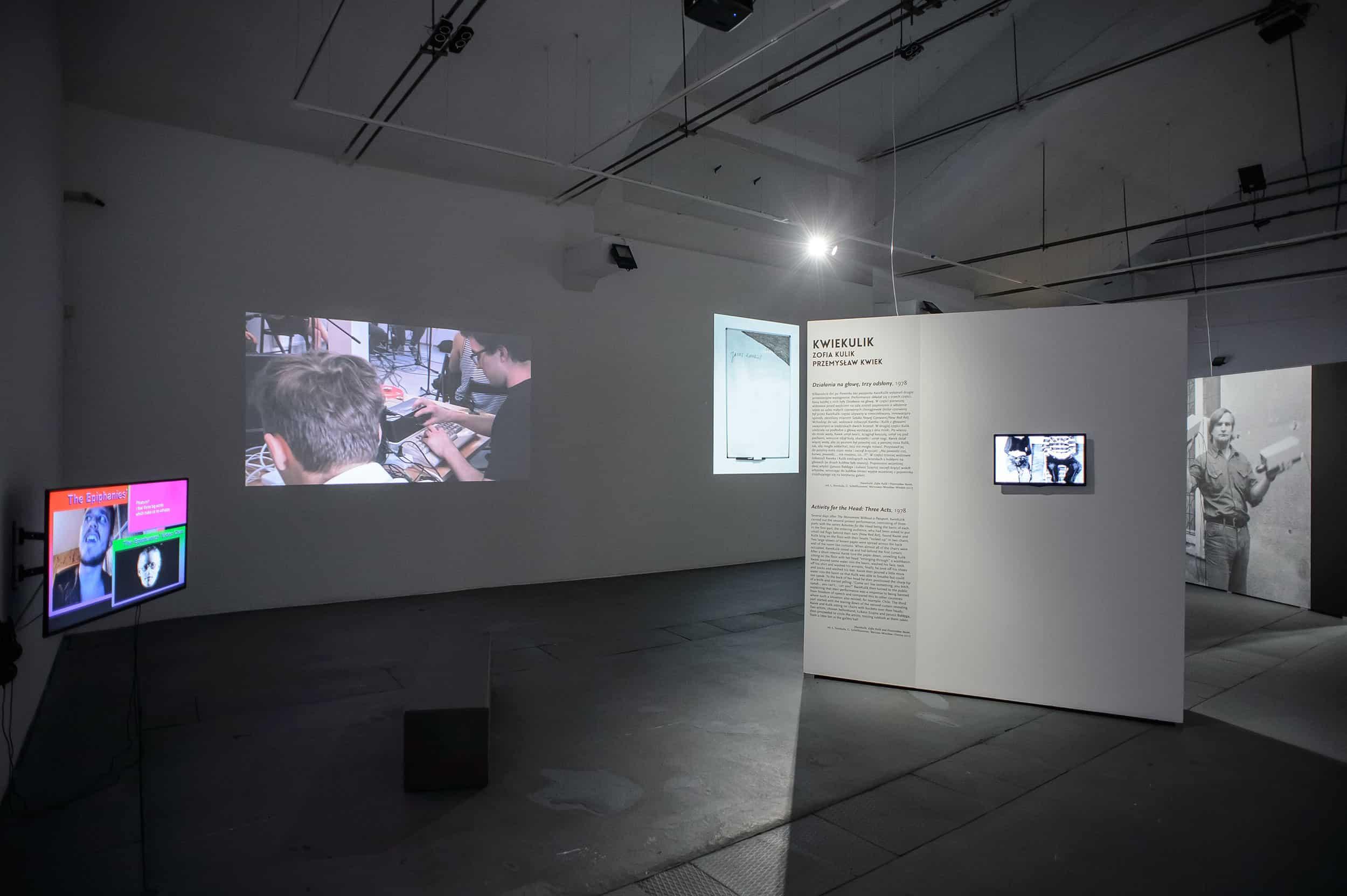 Exhibition D View : Salon d art with franziska stuenkel in hamburg widewalls