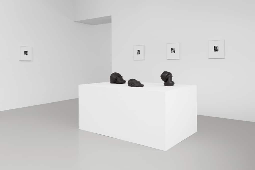 Exhibition view FURTHER THOUGHTS ON EARTHY MATERIALS GAK Gesellschaft für Aktuelle Kunst Poto: Tobias Hübel