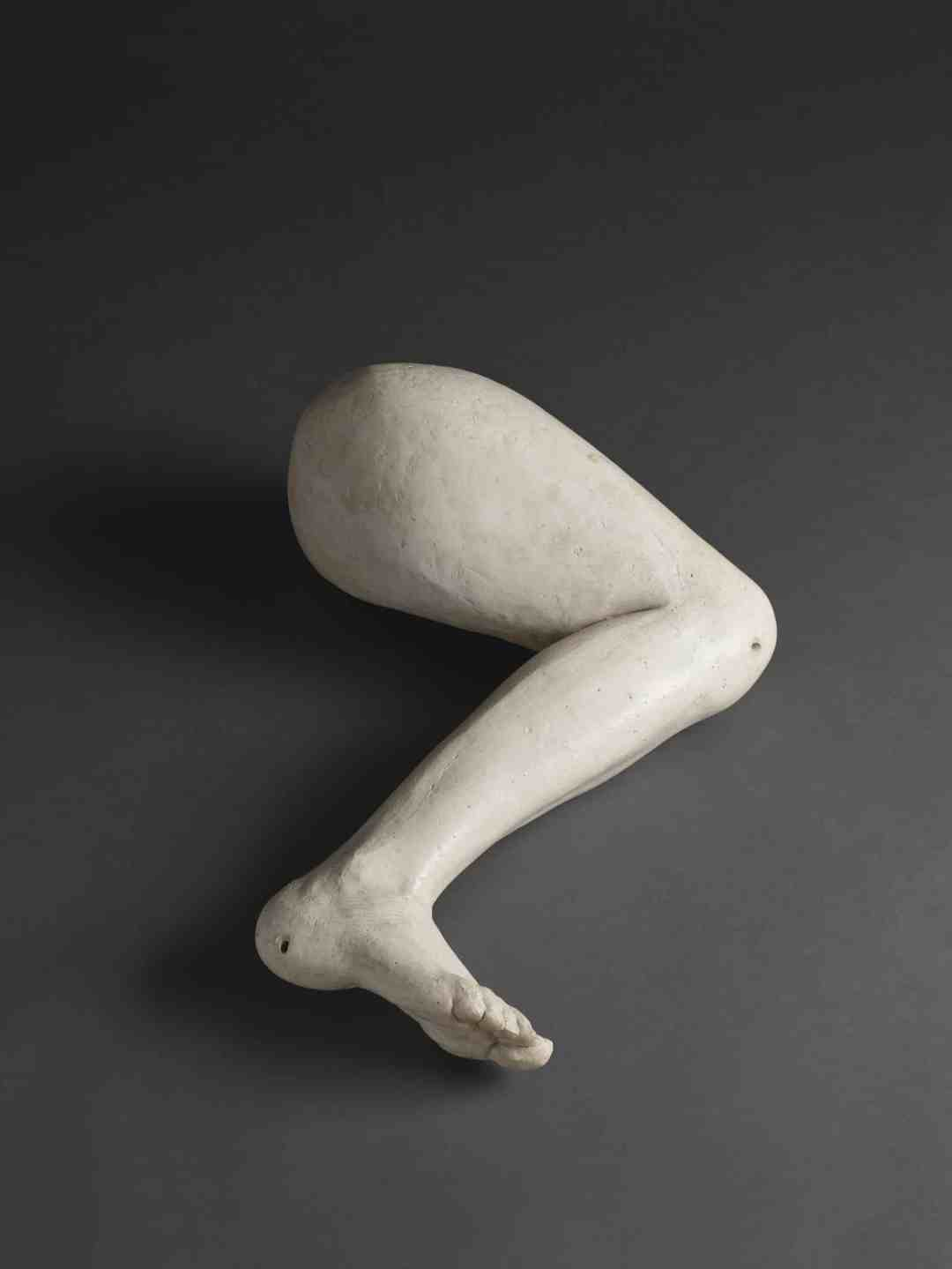 Alina Szapocznikow, Noga (Leg), 1962, Plaster, 20 x 50 x 63.5 cm / 7 7/8 x 19 5/8 x 25 in