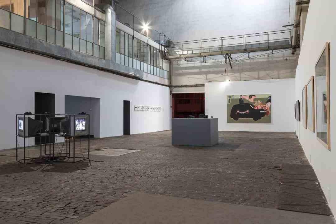 """Installation view, exhibition """"Fear"""" Arsenal Gallery power station, Bialystok , photo Maciej Zaniewski"""
