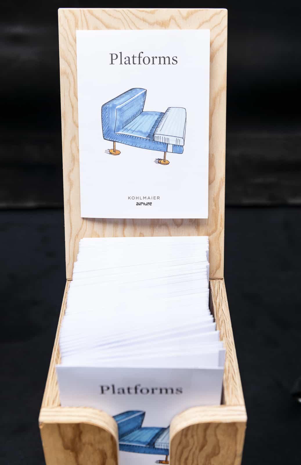 Kohlmaier - PLATFORMS FAUTEUILS – EIGENWILLIGE UND FREUNDLICHE BEGLEITER (Copyright VIENNA DESIGN WEEK - Phillip Podesser - Kollektiv Fischka, Vienna Design Week)