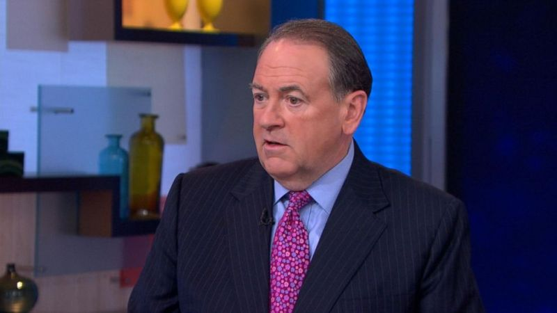 """GOP Presidential Hopeful Mike Huckabee Says Obama Is Marching Israel """"To The Door Of The Oven"""""""