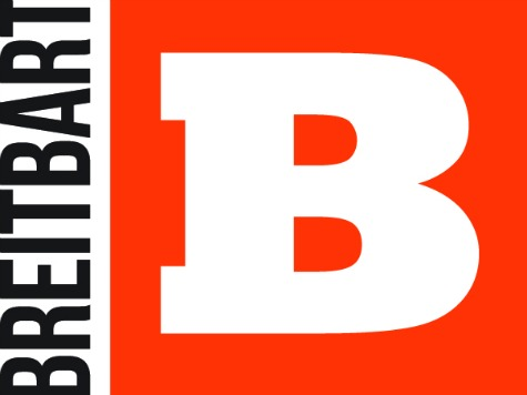 "Breitbart Staffers Quit, Claim News Site Is Now A ""Super PAC For The Trump Campaign"""