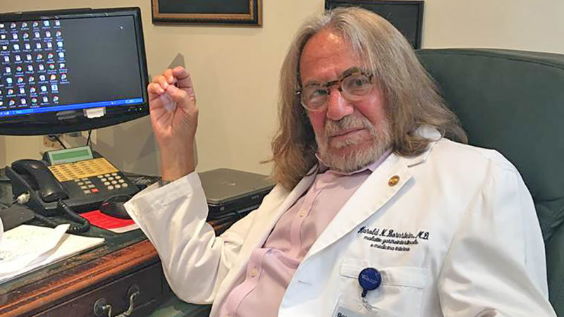 Trump's Doctor Explains His Rushed Medical Note: Trump's Limo Was Waiting Outside