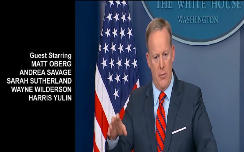 'Feels Like An Emmy Winning Episode': Julia Louis-Dreyfus Tweets 'Veep' Mashup Of Spicer's Hitler Gaffe