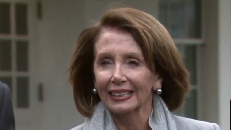 Nancy Pelosi Corners Trump For Admitting He 'Didn't Need' To Declare Emergency: 'It's a #FakeTrumpEmergency'
