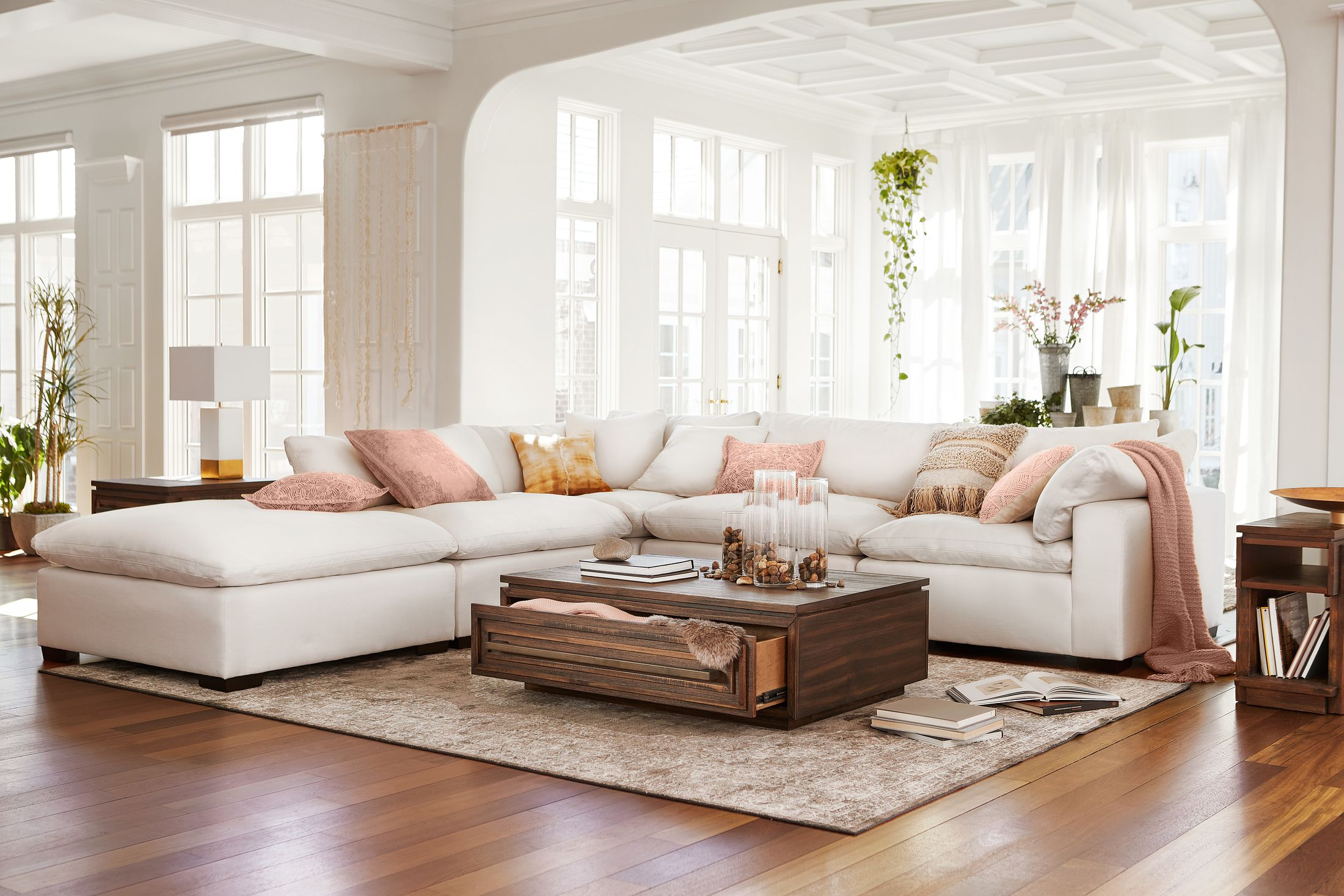 plush 4 piece sectional with ottoman