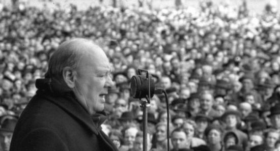 winston churchill speaking to crowd