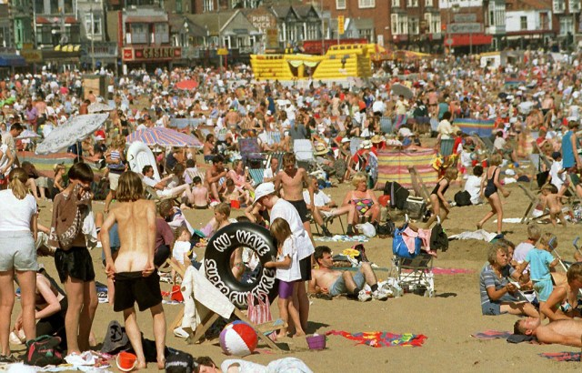 Hundreds of sun worshippers flocked to the south bay at Scarbrough, North Yorkshire.